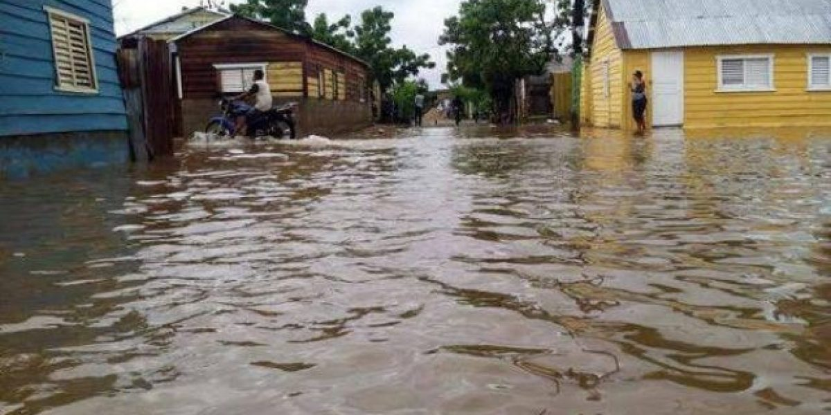 Resultado de imagen para inundaciones en el noroeste dominicano