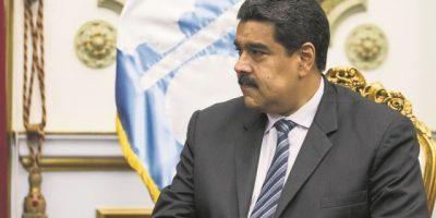 """Maduro dice que Obama es """"indigno"""" por hablar """"tonterías"""" de Venezuela"""