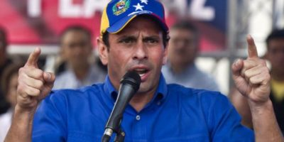 Capriles asegura que Maduro abandonó la mesa de diálogo político