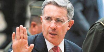 Uribe rechaza que acuerdo de paz no vaya a plebiscito