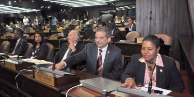 Diputados aprueban bonos por RD$128 mil millones para déficit presupuestario
