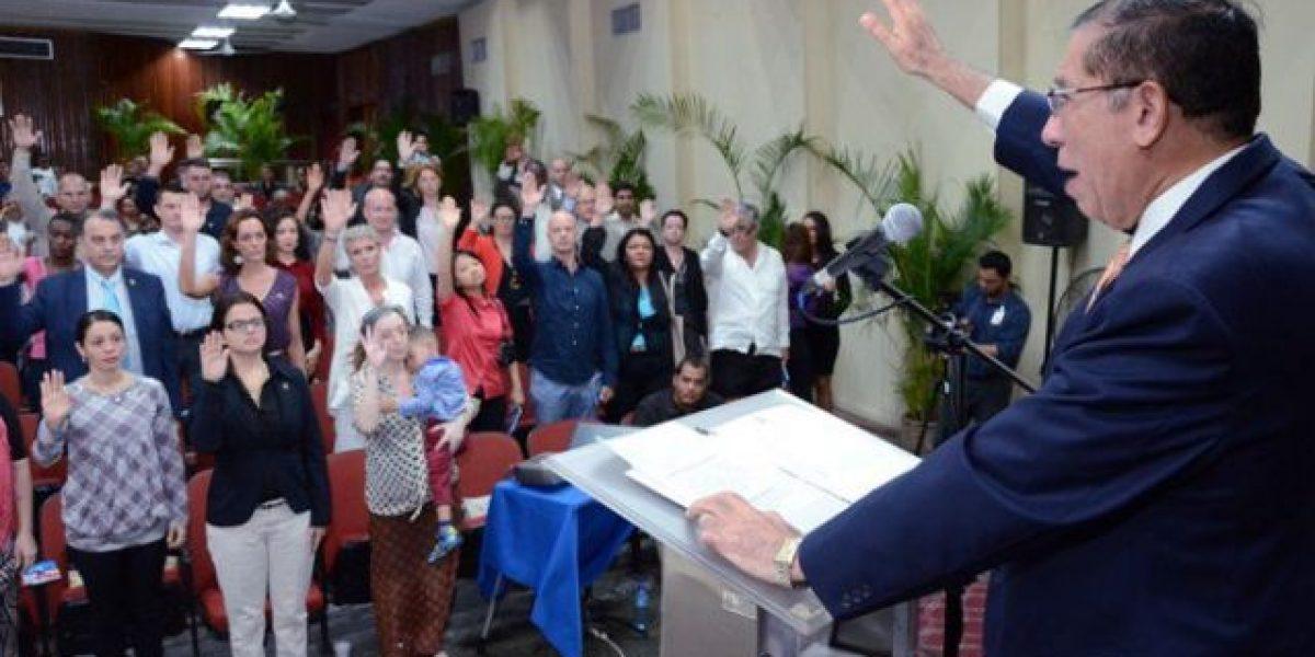 75 Extranjeros Se Naturalizan Como Dominicanos Metro