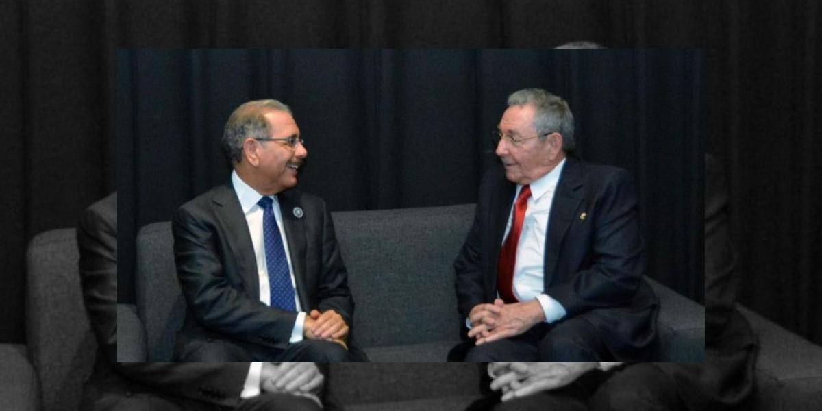 Presidente Medina envía carta de condolencias a Raúl Castro tras muerte de Fidel