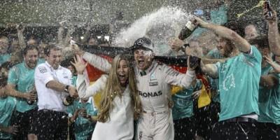 Nico Rosberg es el campeón de Fórmula 1 y Hamilton cerró con triunfo en GP Abu Dabi