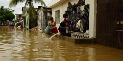 Al menos 20,000 desplazados y 16 provincias en alerta por lluvias