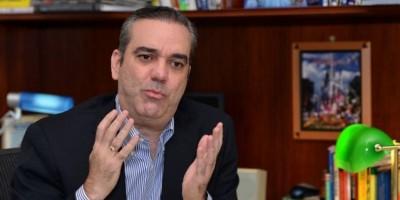 Luis Abinader pide reajustar el presupuesto