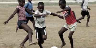 Fundación Fútbol Más promueve iniciativa para ayudar niños de Haití