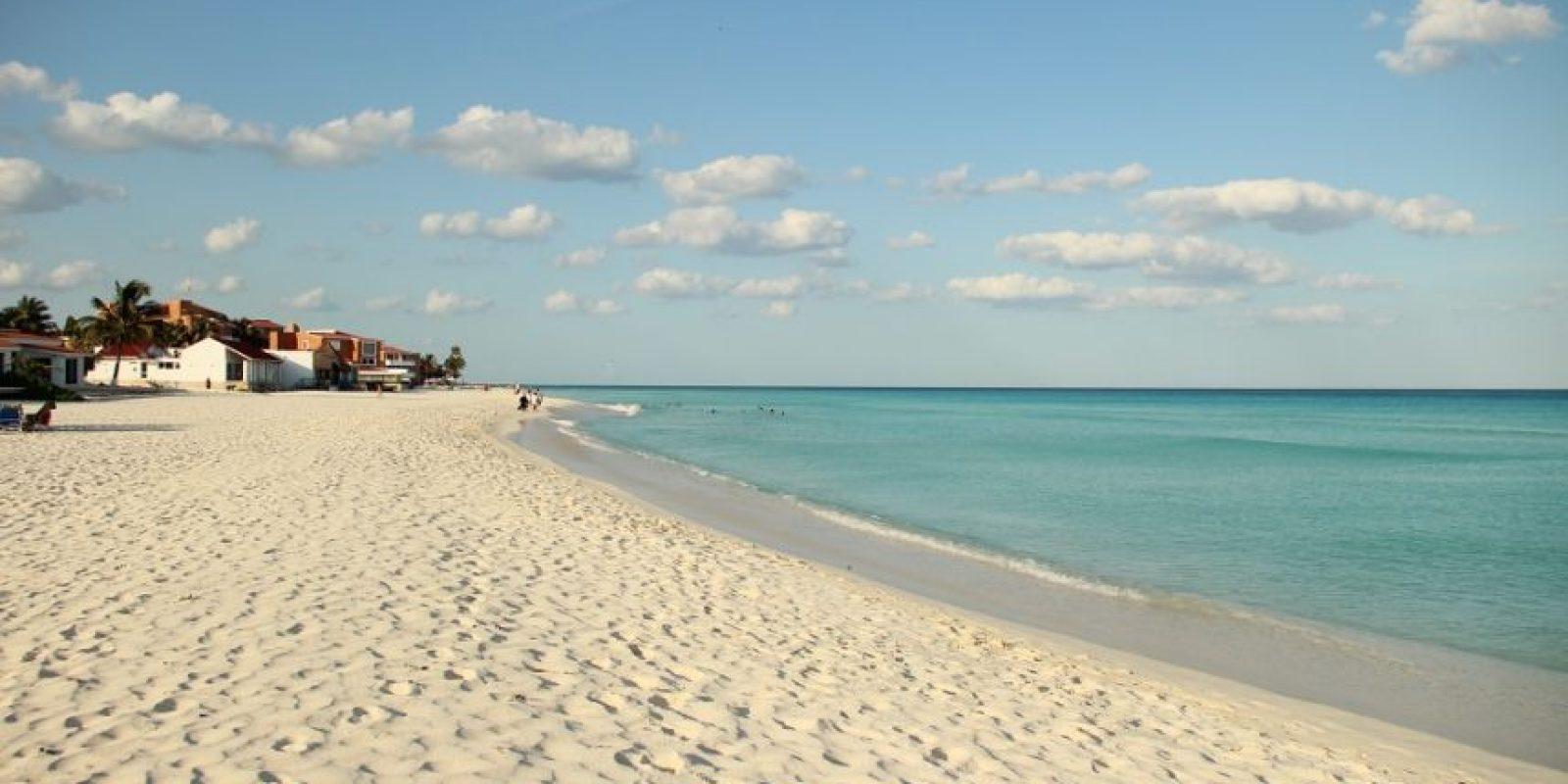 Playa del Carmen, México. La Riviera Maya es el lugar ideal para todo tipo de turistas, desde los springbreakers que buscan fiesta junto a la playa, como para las familias y personas que buscan relajarse en su escapada en el Caribe. Foto: FREEIMAGES