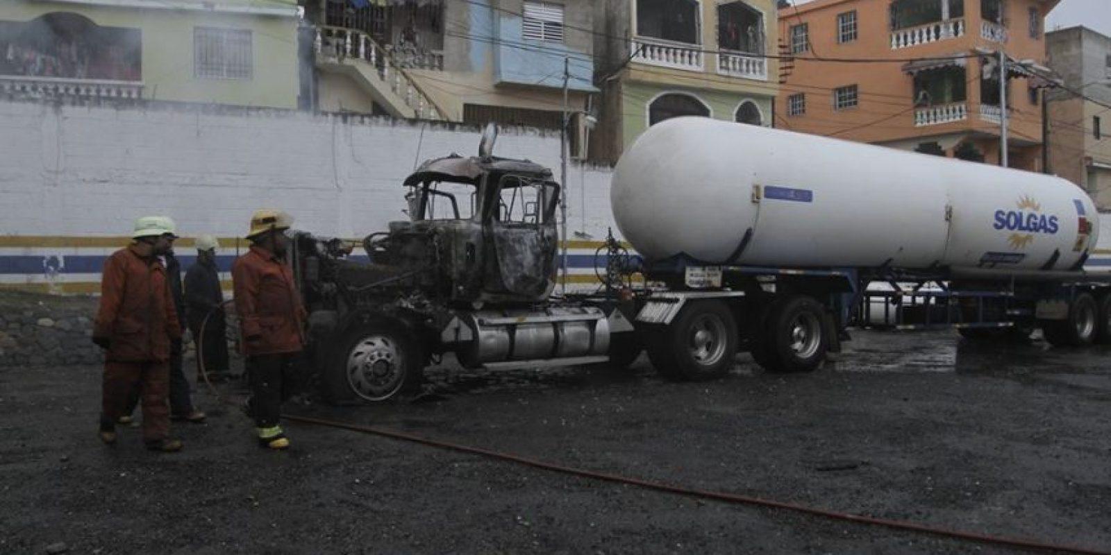 Explosión en envasadora de gas Solgas Foto:Roberto Guzmán