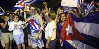 Fiesta en el Versailles de Miami tras la muerte del líder cubano Fidel Castro