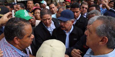 Medina visita municipio de Villa Isabela afectado por las inundaciones