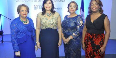 #TeVimosEn: Galardón FEM reconoce damas destacadas