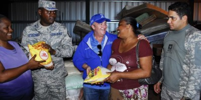 Tigres del Licey entrega ayuda a damnificados del Norte