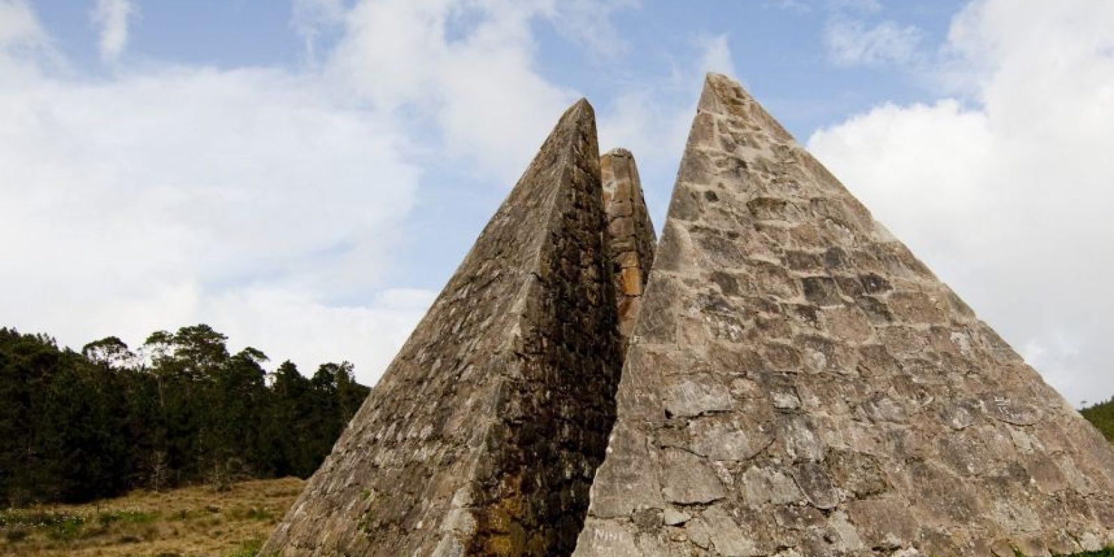 Monumento Las Pirámides en Costanza. Foto:Cluster ecoturistico de constanza
