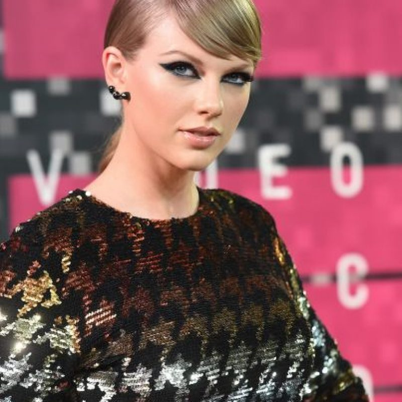 Taylor Swift c con maquillaje Foto: Getty Images