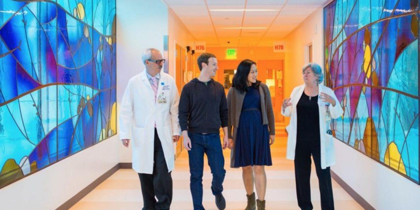 Visitaron el hospital donde nacería Max. Foto:facebook.com/zuck