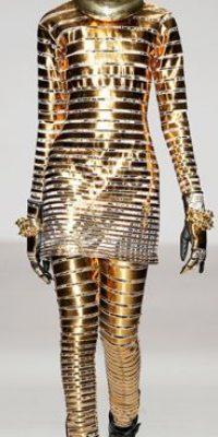 KTZ también se inspiró en el droide. Foto:vía Getty Images