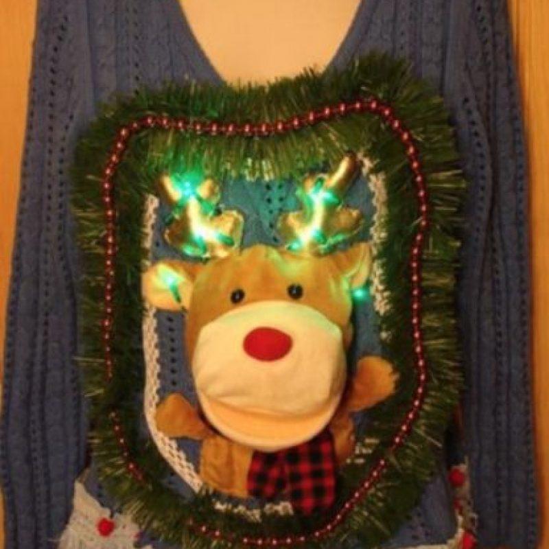 Peores suéteres que podrían ver esta Navidad Foto:Imgur