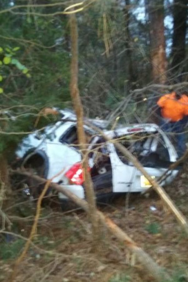 """El pastor Michael Clary asegura que un """"ángel"""" salvó de morir a un hombre en un terrible accidente automovilístico. La familia del hombre también está de acuerdo. Foto:vía Facebook/Michael Clary"""