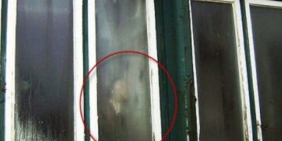8. Aquí se observa la sombra de alguien, sin embargo, nadie ha asegurado que se trate realmente de un fantasma. Foto:Vía Imgur