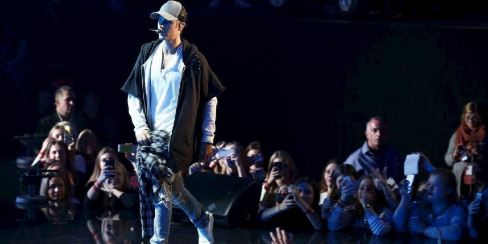 """Espero que la gente sepa de dónde vengo. Siento también haber hecho perder su tiempo a la gente que veía el concierto por la televisión. Me aseguraré de arreglarlo la próxima vez. Con amor, Justin"""". Foto:AFP"""