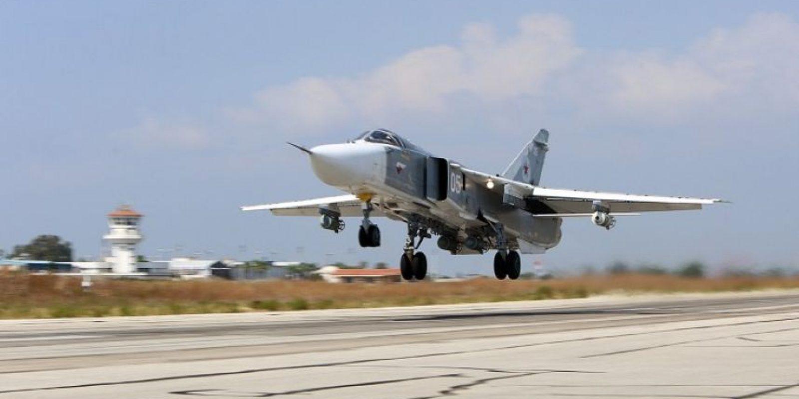 El avión de combate era un caza SU-24 Foto:AFP