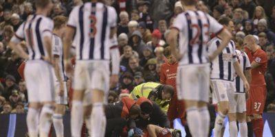 Entonces debió ser atendido de urgencia por los médicos del equipo. Salió en camilla y aún no se conoce el alcance de la lesión. Foto:AFP