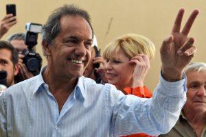 """""""La voluntad popular se ha elegido el nuevo presidente"""", reconoció Daniel Scioli Foto:AFP"""