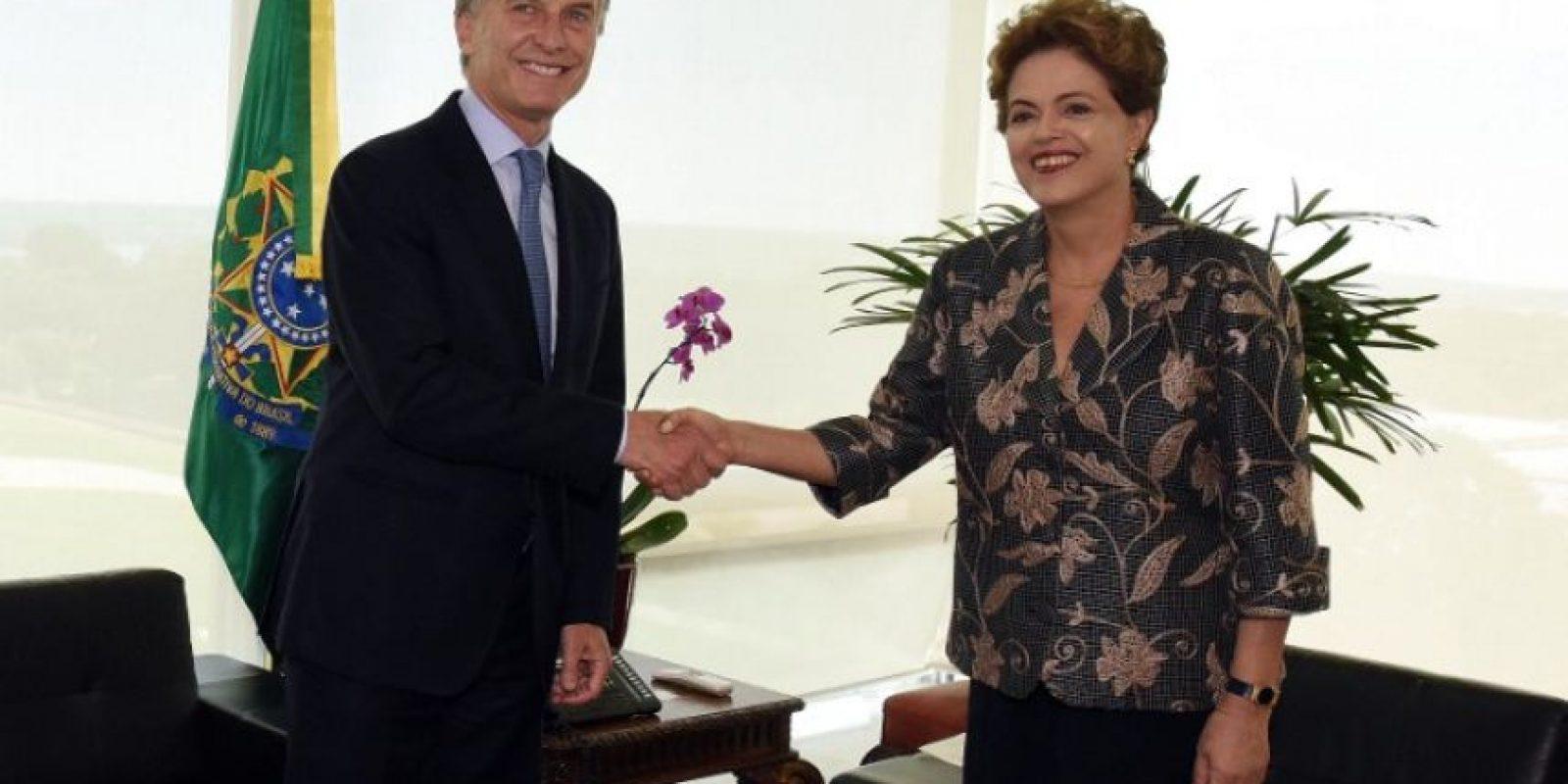 """Donde comentó: """"Ambos países estamos padeciendo procesos de recesión y necesitamos poner nuestras economías en marcha"""" Foto:AFP"""