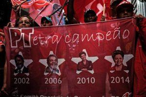Hoy el Vicepresidente Michel Temer envió una carta al gabinete deslindándose de Rousseff Foto:AFP