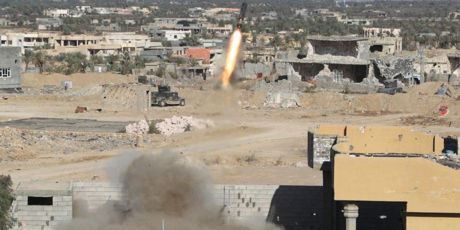 Fuerzas iraquíes bombardean al grupo terrorista Estado Islámico. Foto:AFP