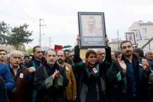 Así se le recordó en las calles Foto:AFP