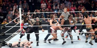 En una auténtica batalla campal, Roman Reigns, Dean Ambrose & The Usos enfrentaron a The League of Nations, The Wyatt Family, y ECW Originals. Foto:WWE