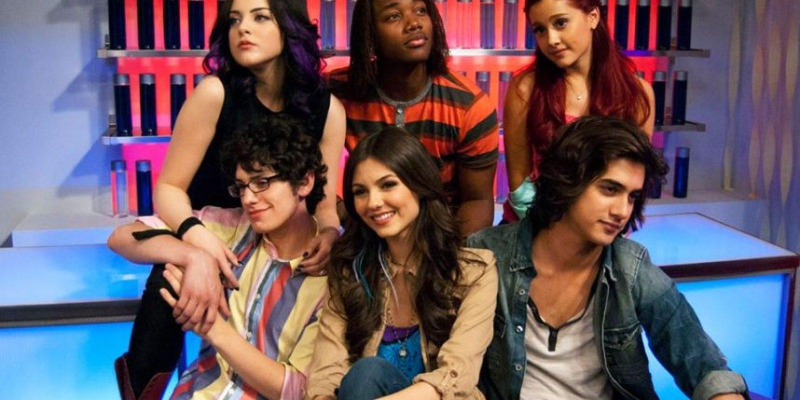 """En 2010, Victoria Justice consiguió su primer papel protagónico en la serie """"Victorous"""" Foto:vía facebook.com/victorious"""