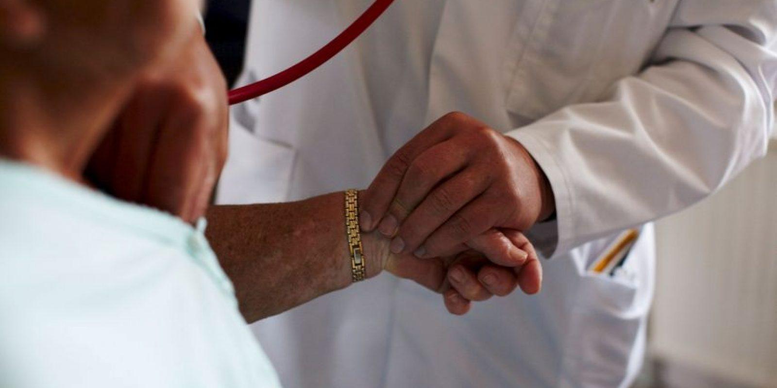 Algunas hernias no causan problemas, mientras que otros pueden causar una obstrucción intestinal o interrumpir el suministro de sangre al tejido afectado. Foto:Getty Images