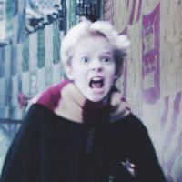 Así luce ahora el niño que le tomaba fotos a Harry Potter Foto:Instagram.com – Archivo