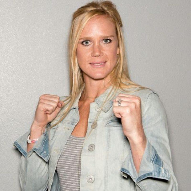 En julio de 2014 firmó un contrato por cinco peleas con la UFC. Foto:Getty Images