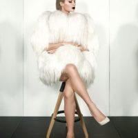 Paris confesó que le gusta usar vestidos atrevidos para llamar la atención. Foto:Paper Magazine