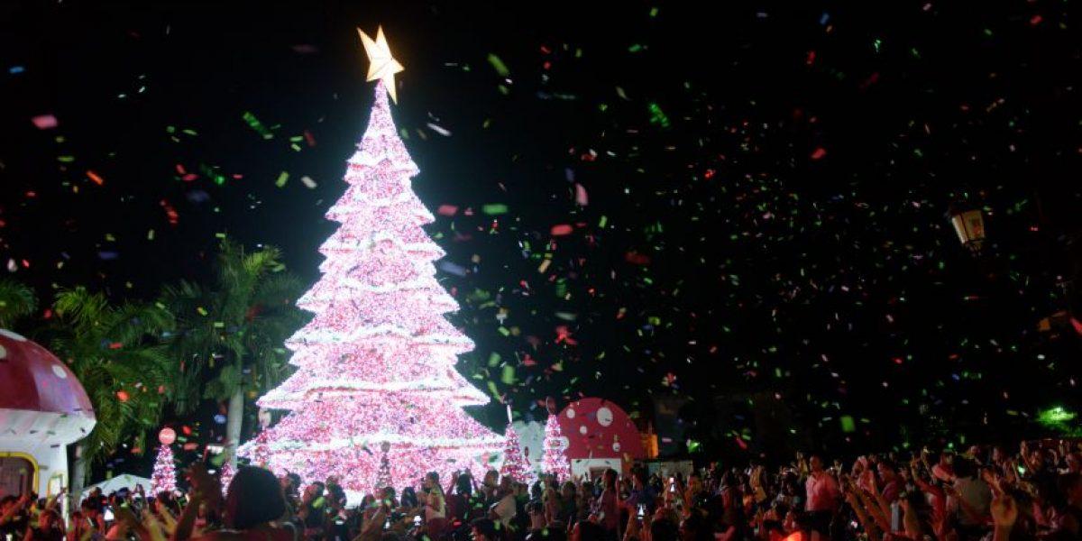 Coca Cola llena de luz la Plaza España