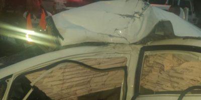 Estado en que quedó el vehículo donde se desplazaban Foto:Fuente Externa