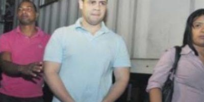 John Emililio Percival Matos cuando fue acusado de robar un avión en 2011, que más tarde fue descargado Foto:Fuente Externa