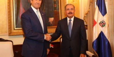 Jhon Kerry y Danilo Medina Foto:Fuente Externa