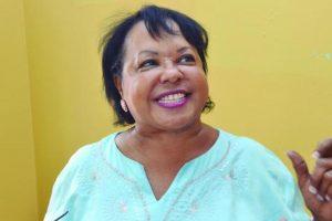 """Rol de los padres. """"Los padres no están a la mano con los maestros. Por más que les exigimos hay mucha dejadez"""". Rita Figuereo de Pérez, directora de la Escuela República de Nicaragua."""