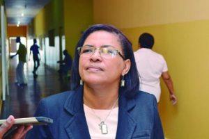 """Concientizar a las familias. """"Muchos padres no dan ese apoyo que se necesita para que el proceso enseñanza-aprendizaje del niño pueda ser viable"""". Rossemerys Romero, Coordinadora del nivel primario de la Escuela República Dominicana."""