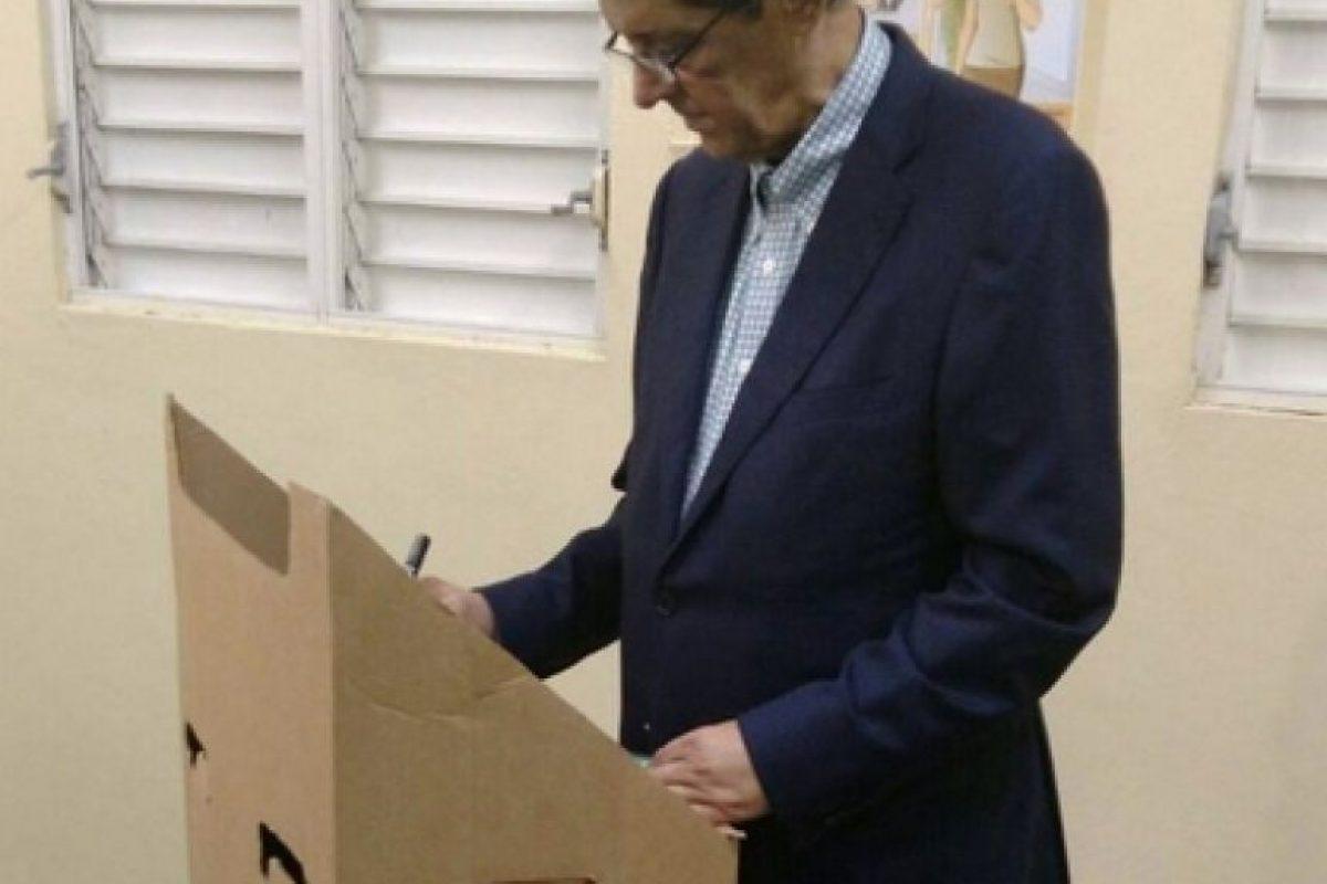 Hatuey de Champs, mientras votaba Foto:Fuente Externa