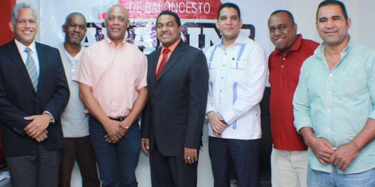 Mauricio Báez solicita retornar al Baloncesto Superior