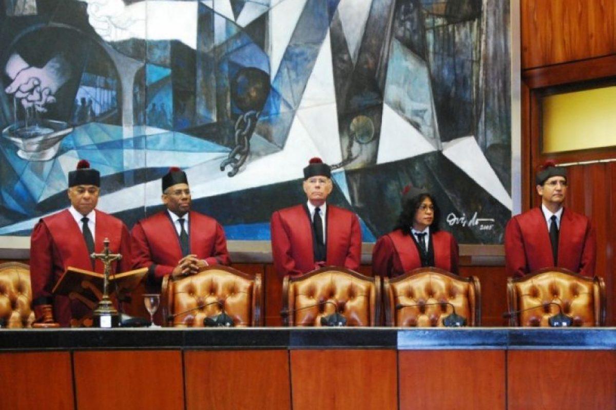 Jueces miembros del Tribunal Constitucional Foto:Fuente Externa
