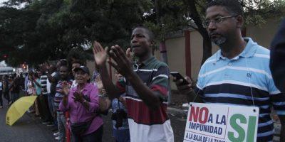 """Cántico. """"El sistema está podrido por los jueces corrompidos. A los jueces de Mariano, los mandamos pa´ Najayo"""". Foto:Roberto Guzmán"""