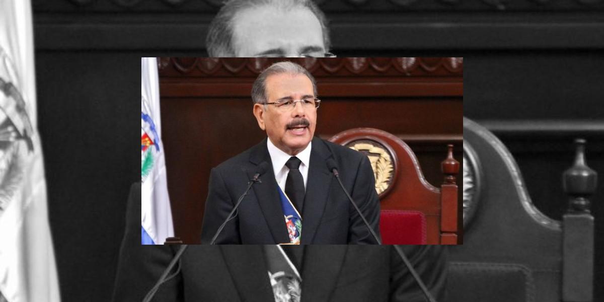 Medina felicita a Color Visión por el 48 aniversario de su fundación