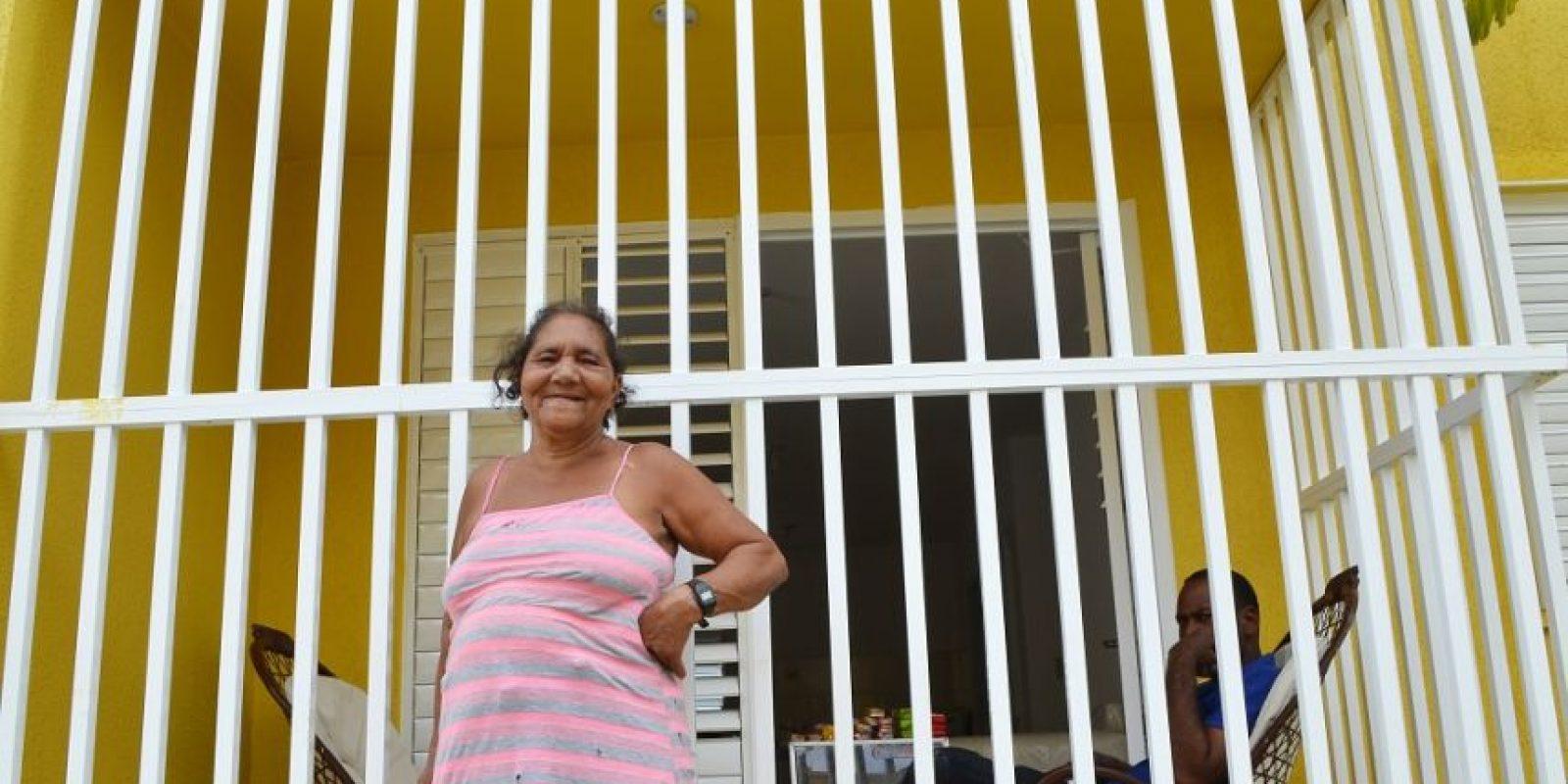 Saida Santana recibió su apartamento de tres habitaciones. Foto:Mario de Peña